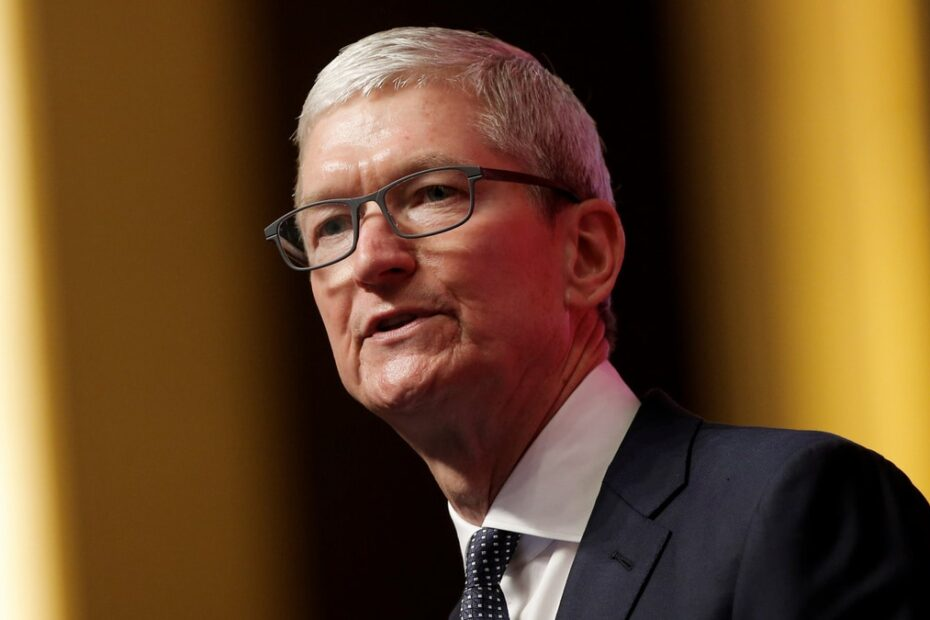 Apple CEO Tim Cook Escalates Battle With Facebook Over Online Privacy