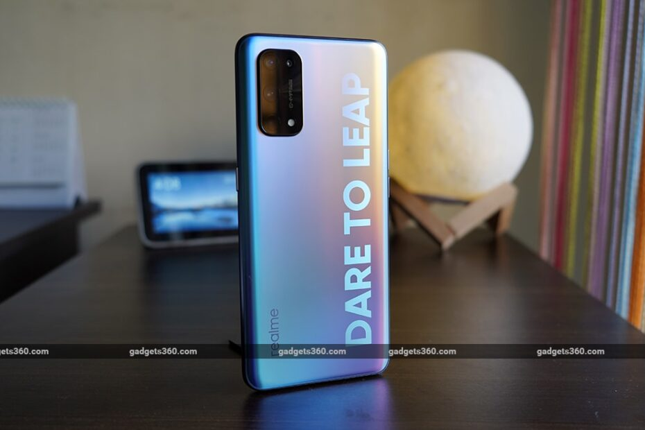 Can Realme X7 Pro 5G Take on OnePlus Nord?