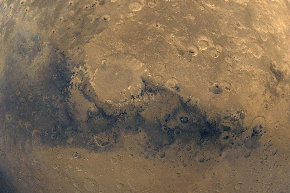 Mars' ancient ocean is still there, it's just very well hidden