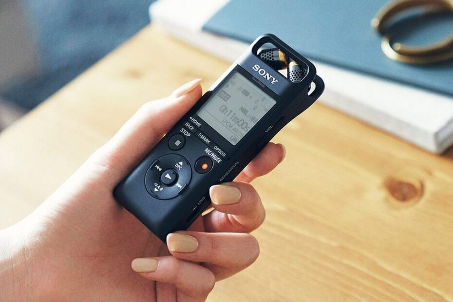 Sony PCM-A10 Voice Recorder With Three-Way Adjustable Microphone, 16GB Storage Launched in India
