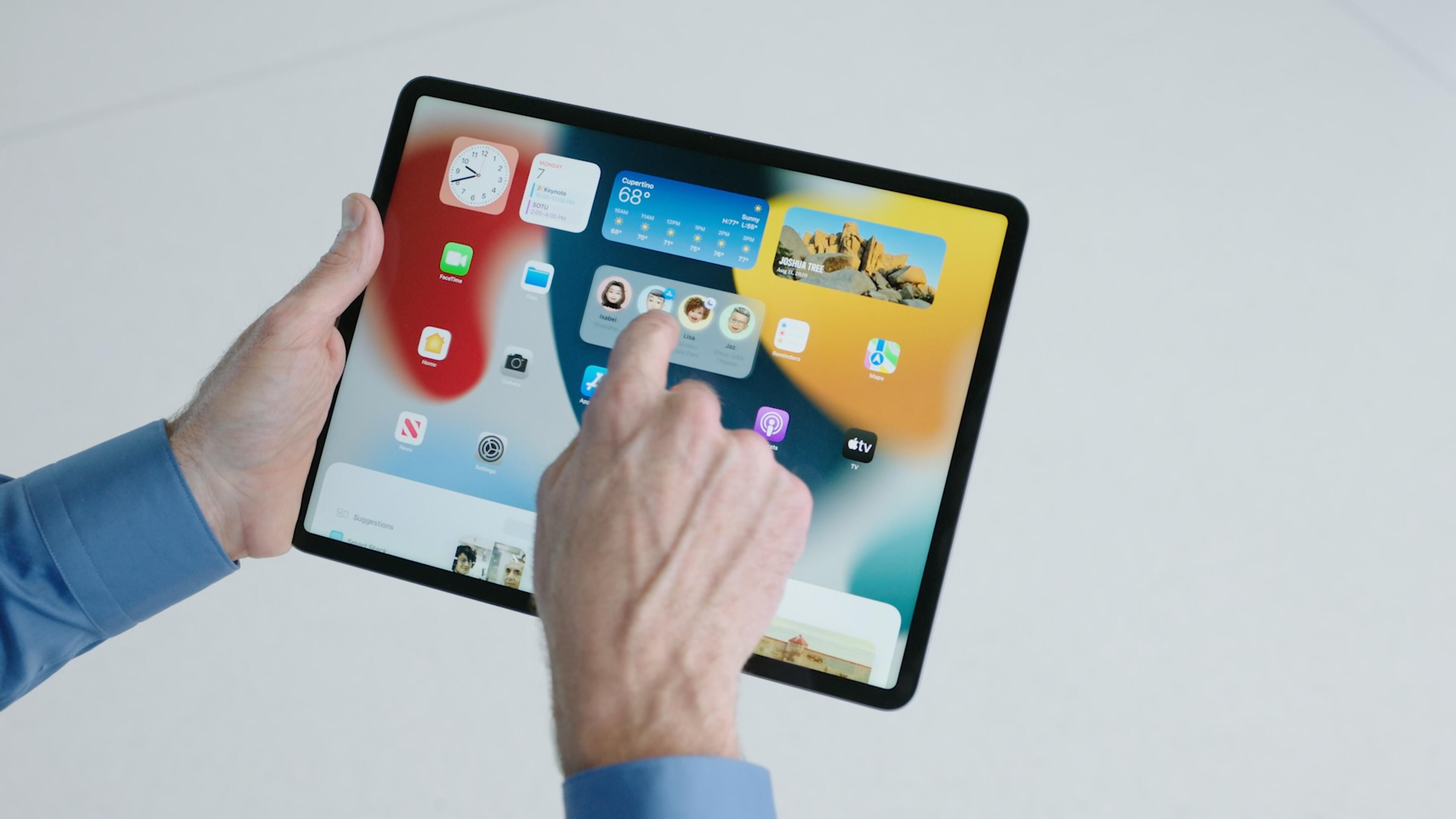 Putting in iOS 15 beta on Apple iphone or iPad? 3 causes you might want to wait around