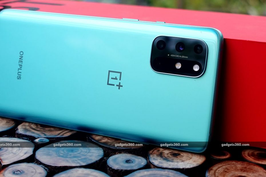 OnePlus 8, OnePlus 8 Pro, OnePlus 8T Getting OxygenOS Updates in India With System, Camera Improvements
