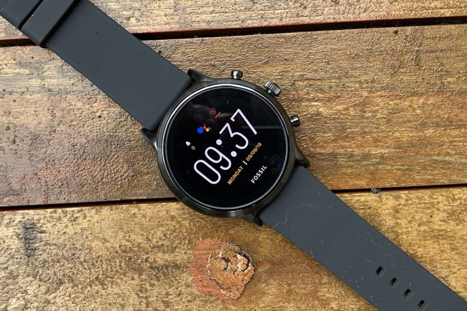 Fossil Gen 6 Wear OS smartwatch revealed in leaked images and specs