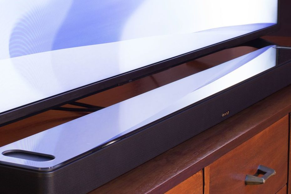 Bose unveils its first Dolby Atmos speaker, the Smart Soundbar 900